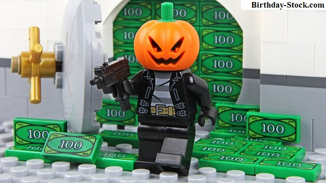 Pumpkin Carving Ideas with Bank Heist